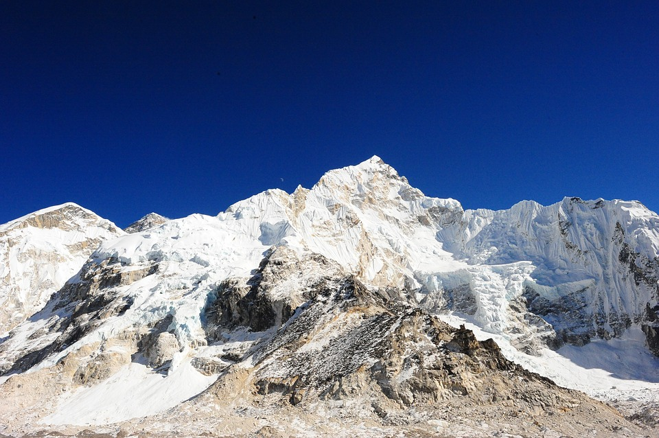 snow capped mountains seen during everest base camp trek